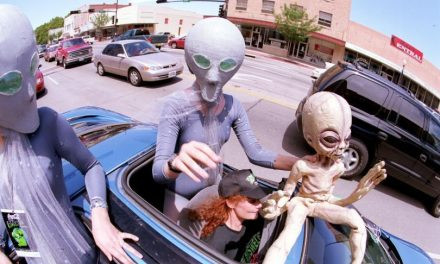 Alien Controversies, Conspiracies: On Alien Day 2017, A Look Back At UFOs Sightings From Roswell To Broad Haven