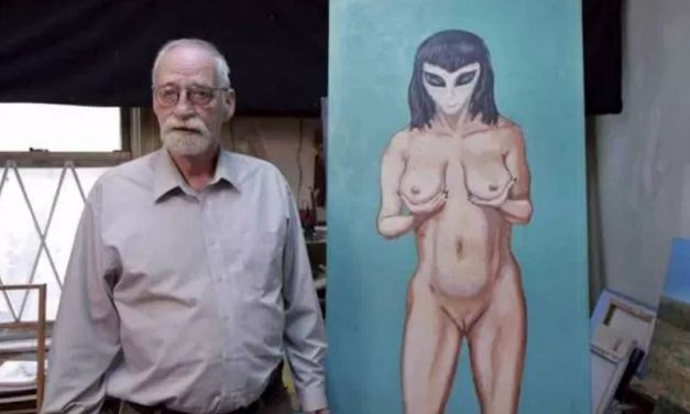 Artist claims that he lost his virginity to a busty alien called Crescent