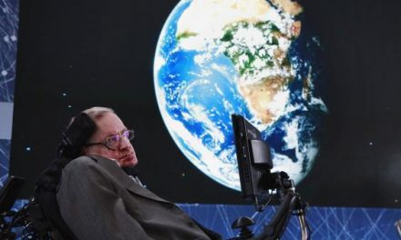 Stephen Hawking says we need to colonise other planets to ensure humanity survives