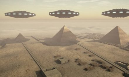 10 Signs Aliens Could Have Influenced Ancient Egypt