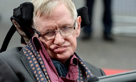 Stephen Hawking warns earth to be wary of aliens