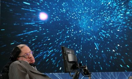 Stephen Hawking warns of alien 'marauders' ready to pillage Earth if we contact them