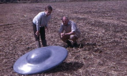 The great saucer invasion: The day six 'spaceships' landed in England