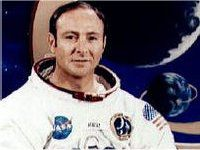 Astronaut Edgar Mitchell Says UFOs are Real