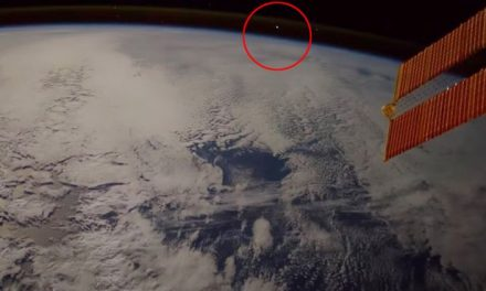 Mysterious footage shows bizarre object enter Earth's atmosphere – but is it a meteor or something more sinister? – Mirror Online