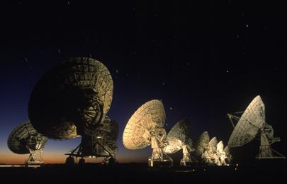We should be talking to aliens using megastructures and X-rays
