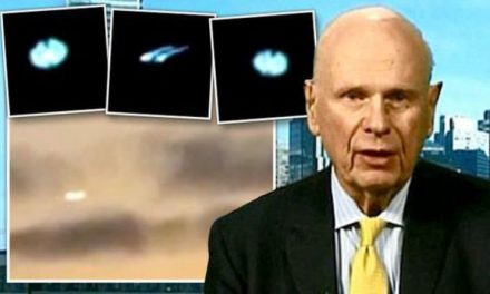 PENTAGON UFO BOMBSHELL: Former defence minister claims US IS storing 'ALIEN UFO parts'