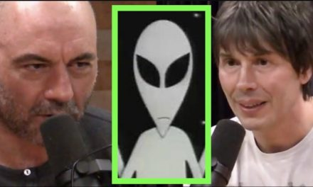 Joe Rogan Asks Physicist About Aliens