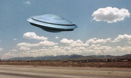 PENTAGON UFO: US Government has 'crystal clear pics of UFOs chased by military' – claim