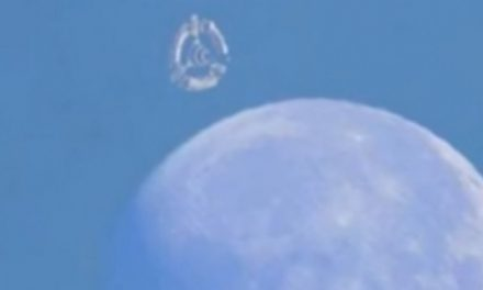 Huge UFO Spotted Near Moon Sparks Invasion Fear – Exo News