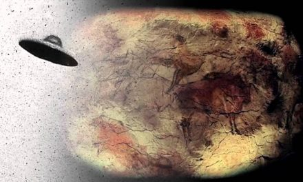 """Ancient Astronauts: Intriguing 10,000-year-old cave paintings in India show """"Aliens and UFO's"""" 