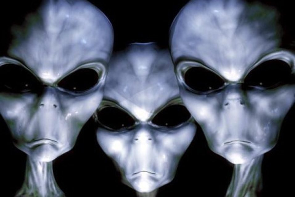 Navy Whistleblower Says He Saw Proof Of Aliens Living On Earth
