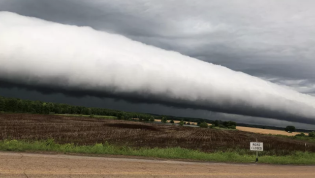 "Ominous UFO-like cloud identified as rare ""roll cloud"""