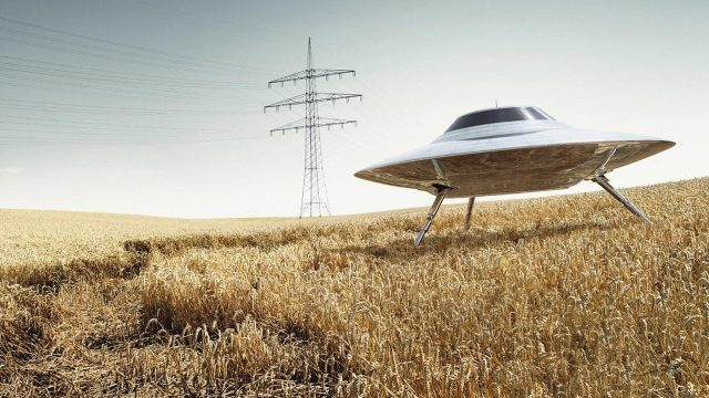 10 Shocking Statements about UFOs by Scientists and Government Officials | Mysterious Universe