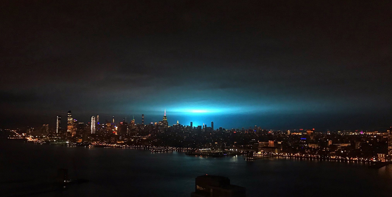 A Power Plant Explosion In NYC Had Everyone Convinced Aliens Were Invading