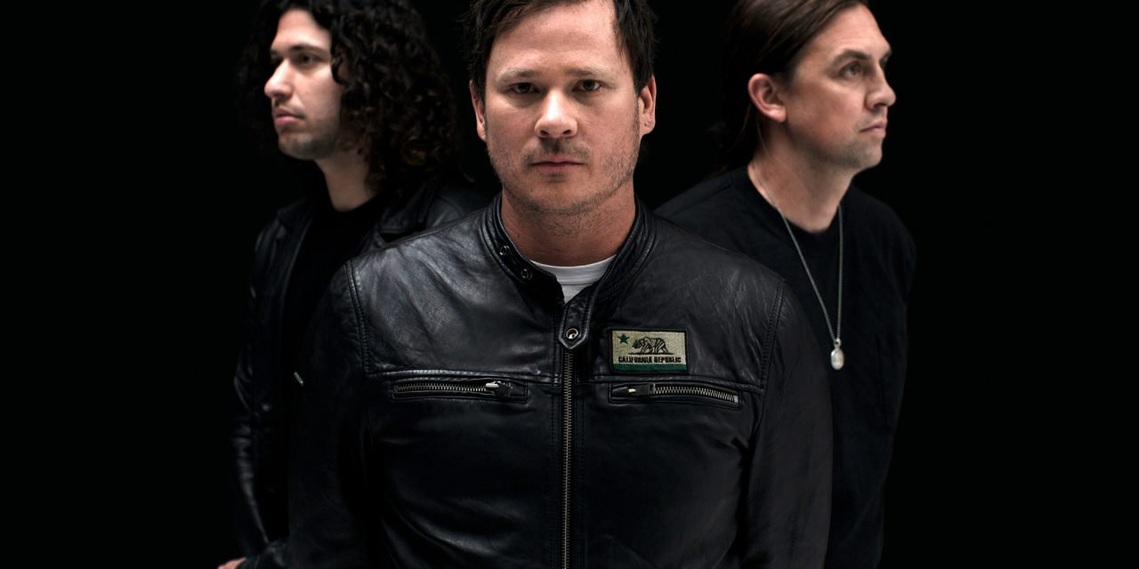 Tom DeLonge on UFOs, Angels and Airwaves, Future of Blink-182 – Rolling Stone