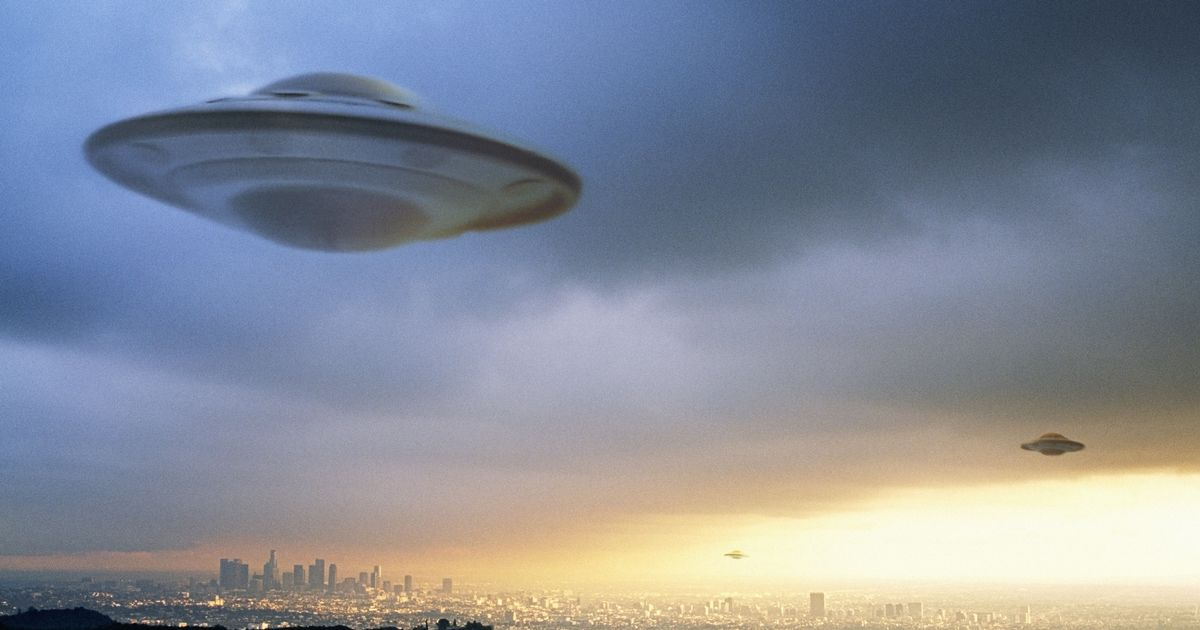 'I got chills up my spine': Woman claims she spotted a UFO above village