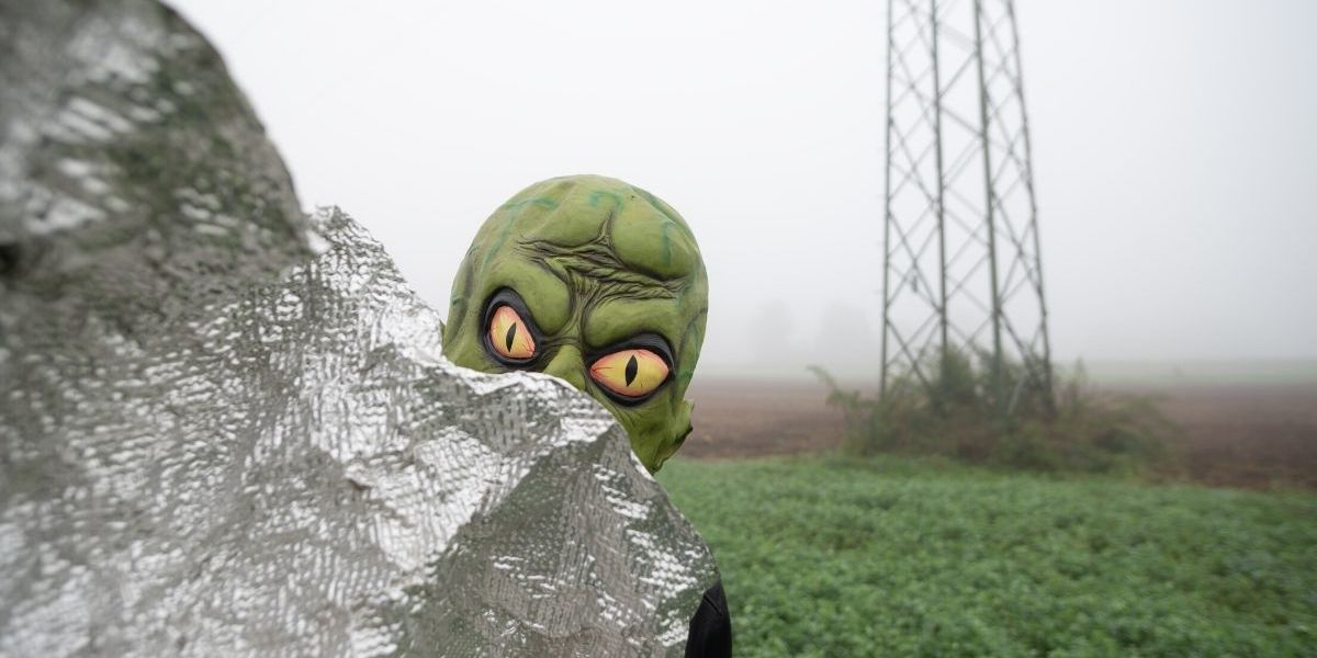 Physicist Has Theory As To Why We Haven't Met Aliens Yet, And It's Pretty Depressing