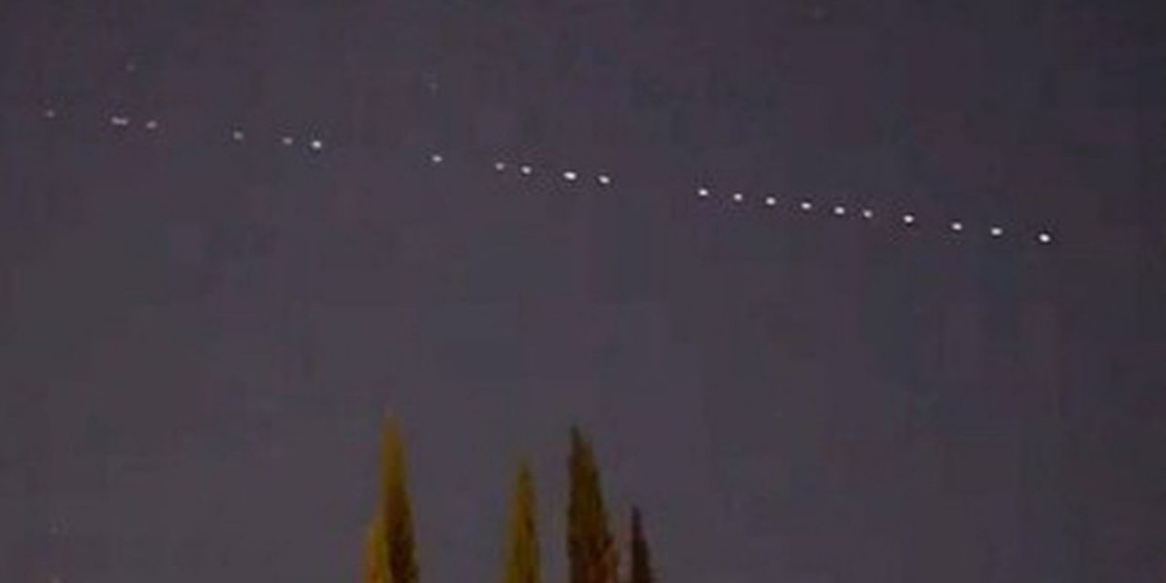 Strange 'dots of light' phenomenon spotted over Devon town sparks UFO theories – Devon Live