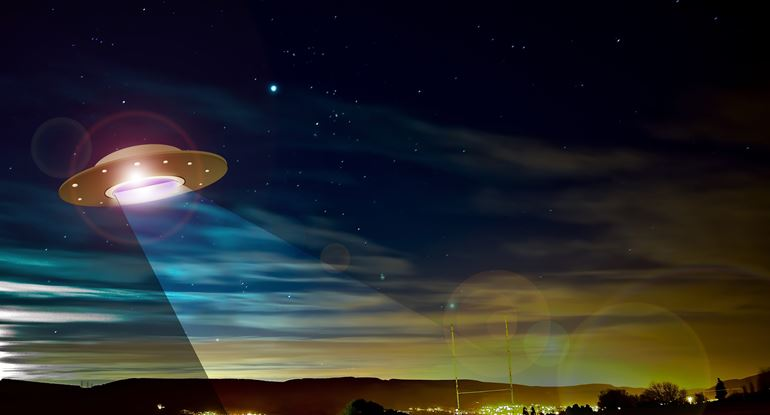 'Wow, What Is That?' Pentagon Formally Releases Three UFO Videos | VodkaPundit