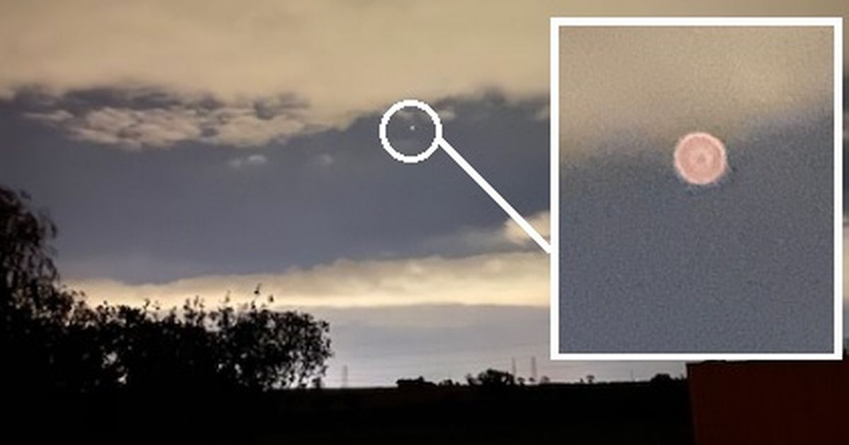 'No I hadn't been drinking': Fuzzy yellow 'UFO' hangs in sky for 10 minutes before vanishing – Teesside Live