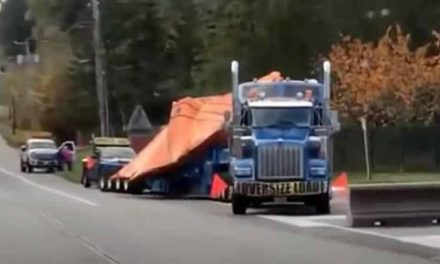 What Appears To Be A Broken Down UFO is Transported By Semi Truck – UFOholic.com