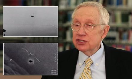 Harry Reid says the government is covering up huge amounts of evidence of UFO encounters  | Daily Mail Online
