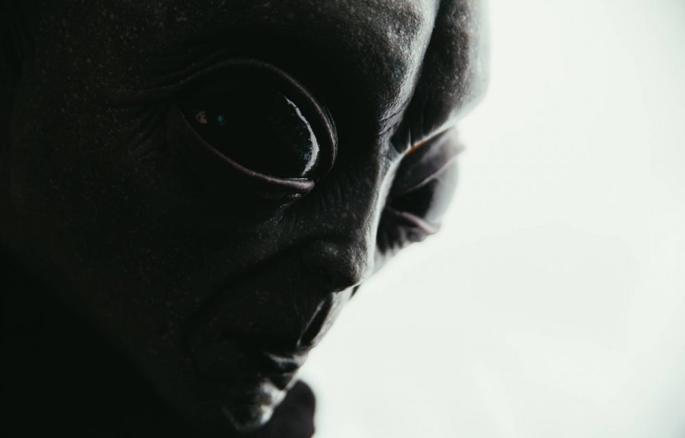 Former Space Security Chief Reveals Aliens Are Real, But Mankind Not Ready to Meet Them | Curiosmos