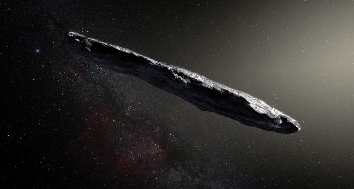 Harvard's Top Astronomer Believes Aliens Tried to Contact Us in 2017