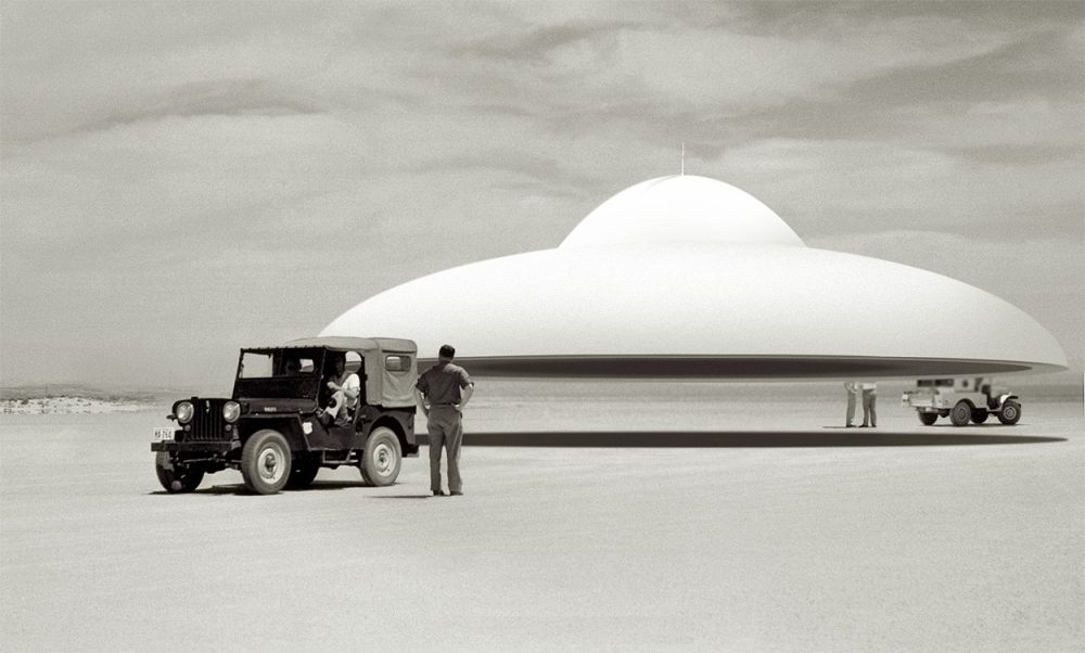 Pentagon Consultant Reveals Some UFOs Are Definitely Not of This World | Curiosmos