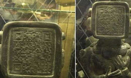Strange Ancient Mayan Statue with Flat Face and QR Code – Scanned? Aliens Warned Us All Along? – Revealed