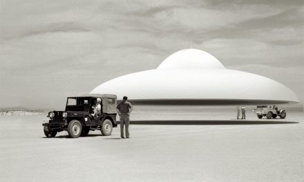 15 Facts About UFOs That Will Blow Your Mind | Curiosmos