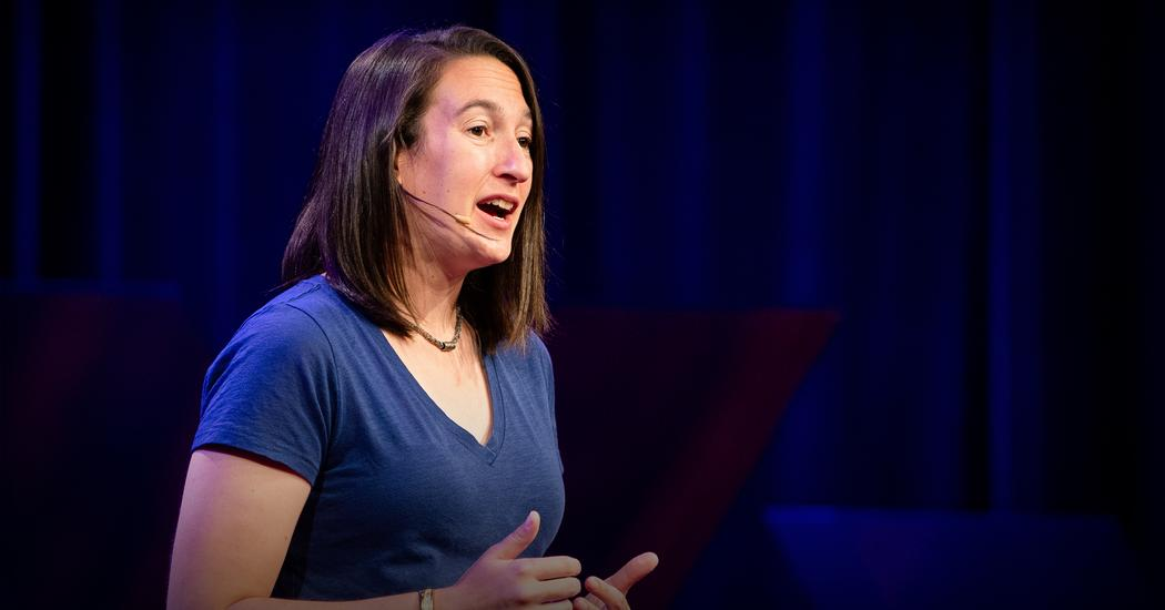 """Sarah Kurnick: """"Aliens built the pyramids"""" and other absurdities of pseudo-archaeology 