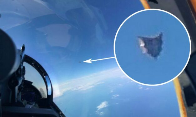 F18 Navy Pilot Uses His iPhone To Take A Picture of UFOs: Pentagon Confirms