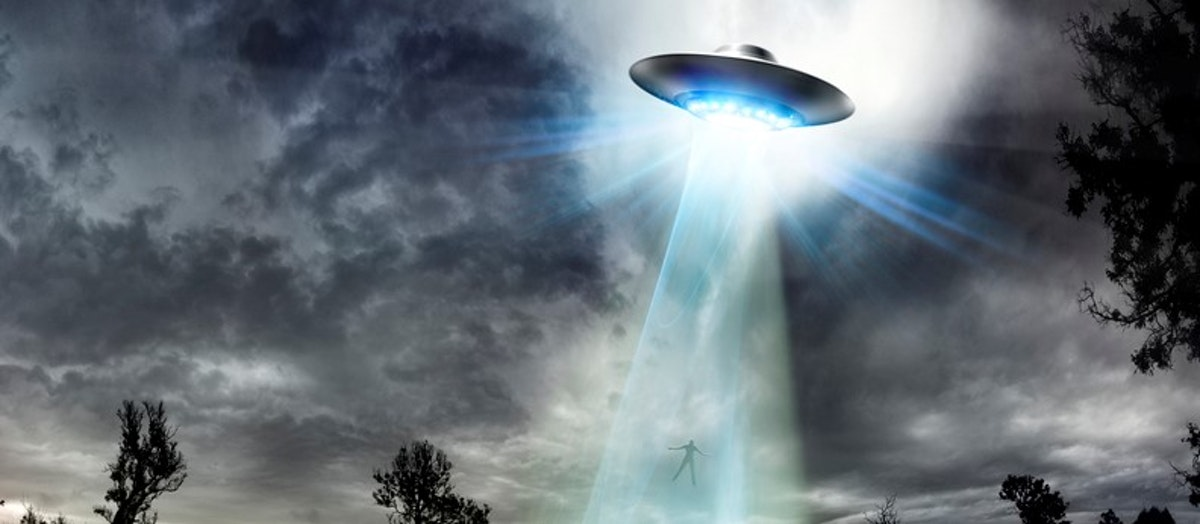Washington Goes Crazy With Talk Of UFOs, Alien Life