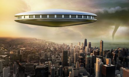 Former Intelligence Chief Reveals More UFOs are Detected Than What Public Knows | Curiosmos